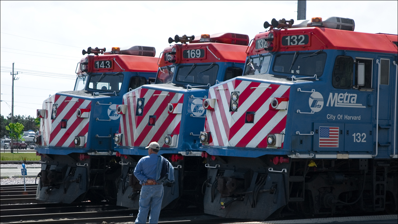 Metra locomotives