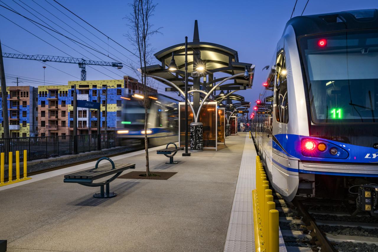 Tour Charlotte S Lynx Blue Line Lrt Extension Railway Age
