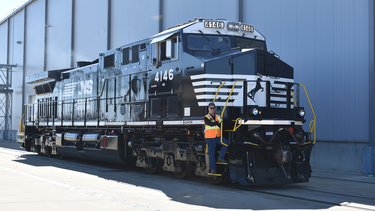 Completed Norfolk Southern AC44C6M at GE Transportation's GEMS plant in Fort Worth. William C. Vantuono