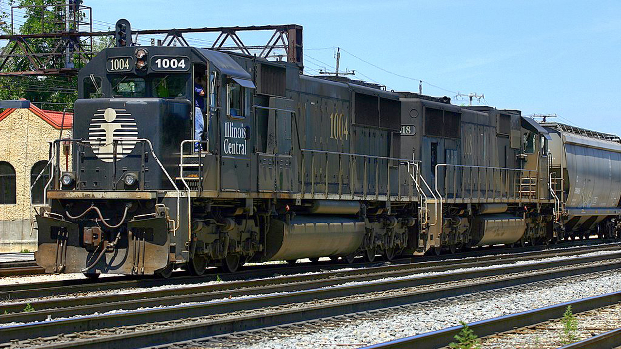 Illinois Central CN locomotive