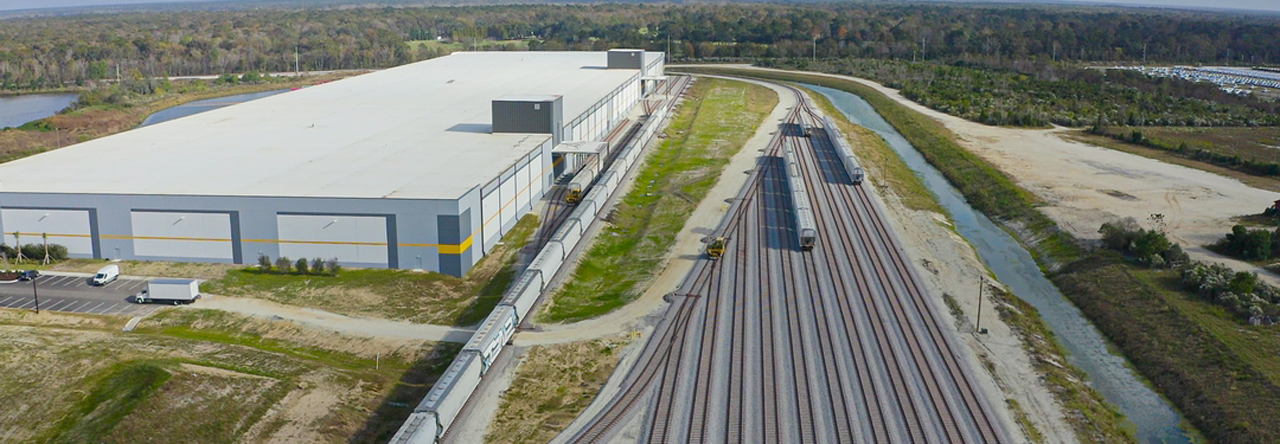 "The new A&R Logistics warehouse (pictured) was built on a CSX Select Site, ""a pre-certified property vetted to fast-track development and minimize risk,"" according to the Class I railroad."