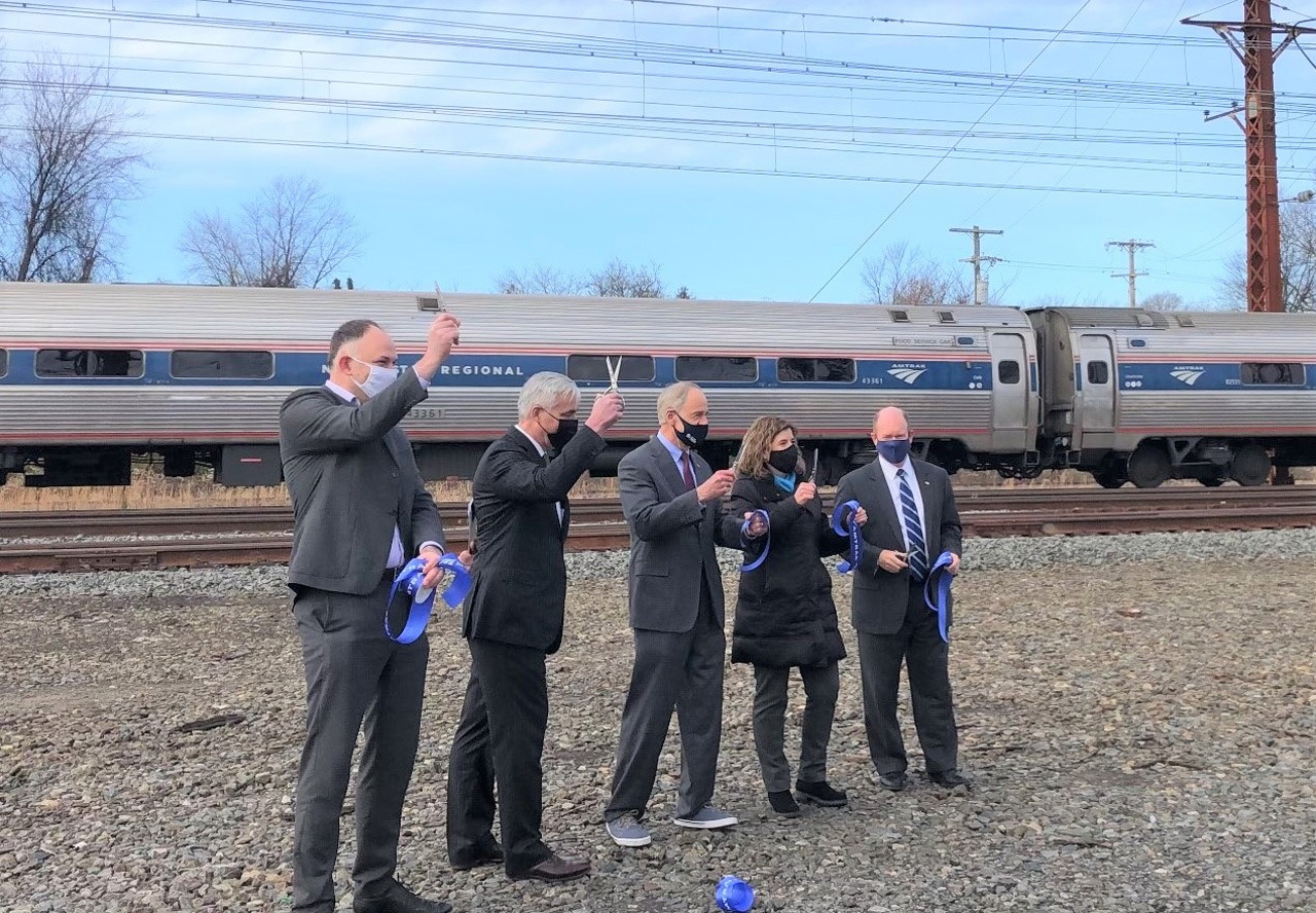 Pictured from left to right: Amtrak President Stephen Gardner, Amtrak CEO Bill Flynn, U.S. Sen. Tom Carper (D-Del.), SEPTA General Manager Leslie Richards and Sen. Chris Coons (D-Del.) recently celebrated the completion of a 1.5-mile main line third track as part of a NEC capacity improvement project in Delaware.