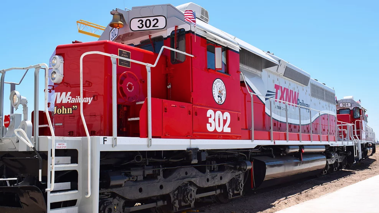TNW Corp. and The Andersons Rail Group have teamed to offer more comprehensive railcar service on the Texas North Western Railway (TXNW) in Sunray, Tex.