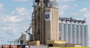 P&H's Quill Lake, Saskatchewan, grain elevator and crop inputs center is expanding to include 100 railcar spots, a higher speed railcar unloading system, and a fertilizer rail unload tunnel.