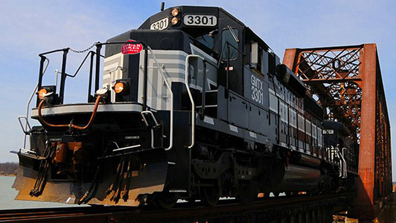 Finger Lakes Railway's Midcoast Railservice subsidiary will lease and operate a 58.68-mile line owned by the state of Maine.