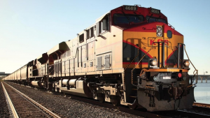 KCS offers a network of more than 100 transload facilities in 19 U.S. and Mexican states, handling food and agricultural commodities, bulk materials, chemicals, paper and forest products, steel, and other metals.